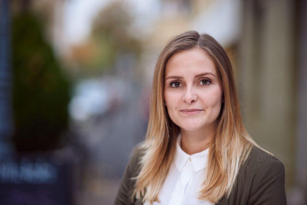 Elena Stahl